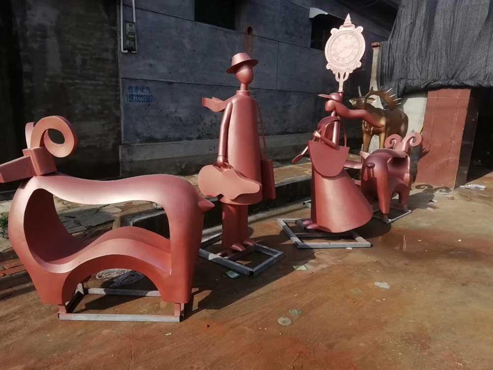 恒大项目抽象锻铜雕塑