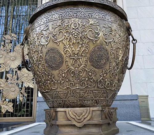 铸铜水缸雕塑