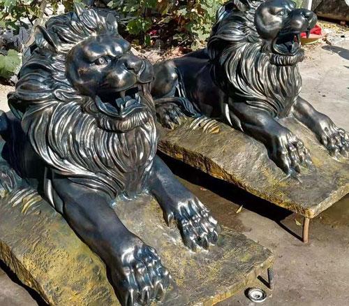铸铜狮子雕塑